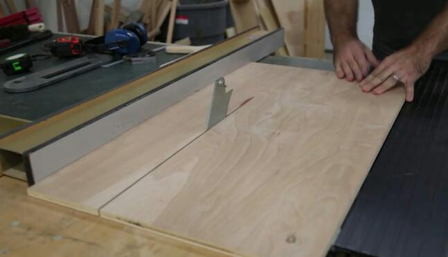 How-can-you-make-a-rabbeted-drawer