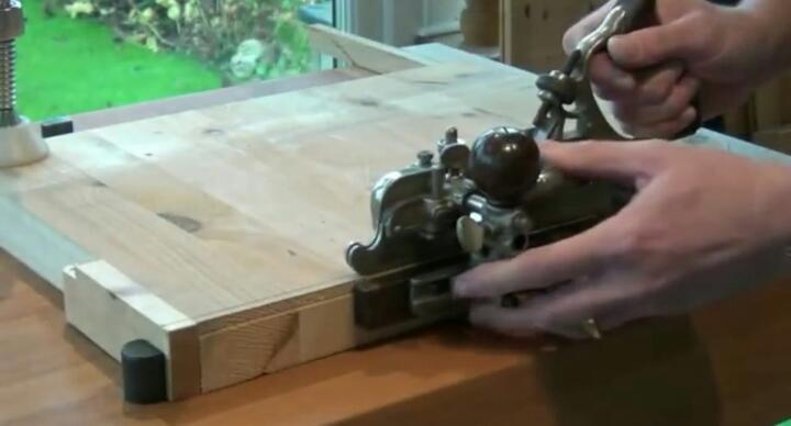 How-to-rebate-wood-with-a-router