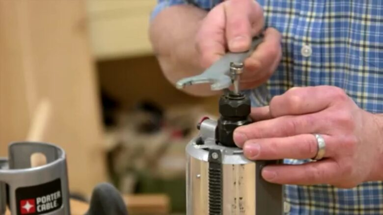 How to remove a stuck router bit